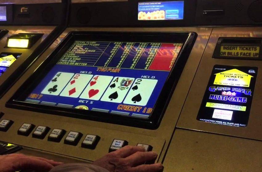 Reasons To Go For Online Poker Games Over Offline Poker Game