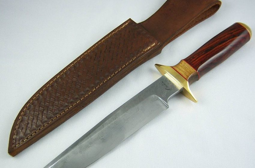 Shape and appearance of Bowie knives