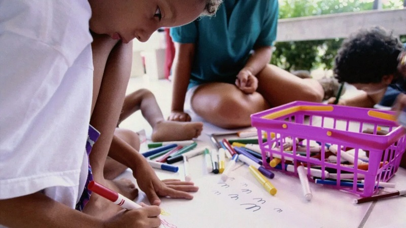 Benefits of art activities for kids: parents should give special attention!