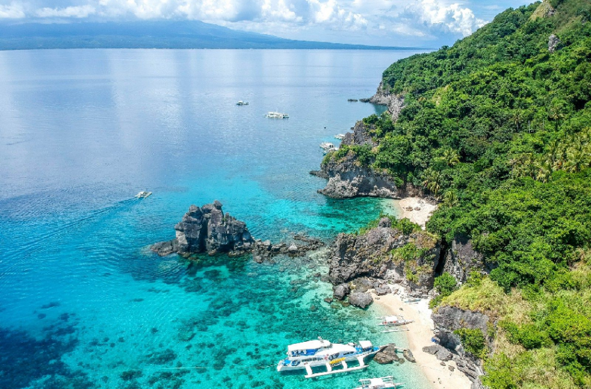 8 Sandbars in the Philippines You Need to Visit