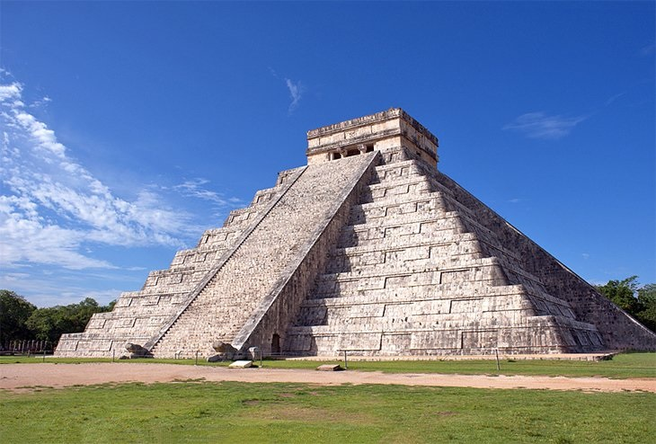 Are you a nature lover? These are the best tourist spots in Cancun you must not forget.