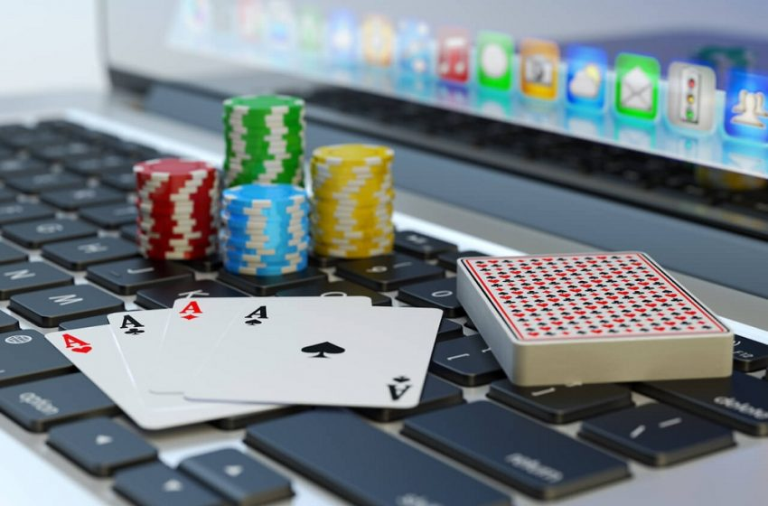 How to Choose Playing Cards on an Online Platform?