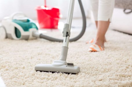 Why Should You Choose To Switch to Dry Carpet Cleaning?