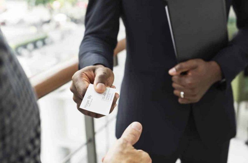 What Are Business Cards And How Are They Beneficial For Your Brand Or Business?
