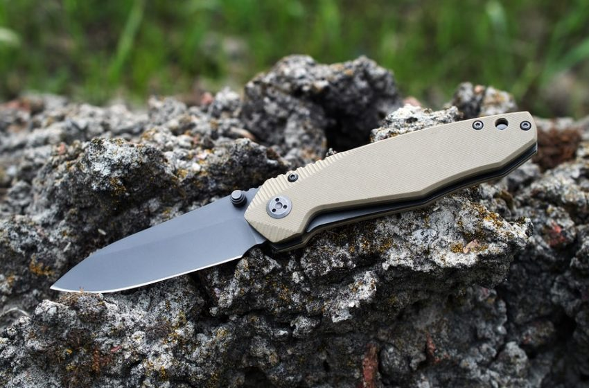 Top 5 Folding Knives for the Outdoors