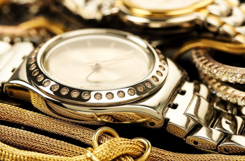 How To Sell Watches With High Profits?