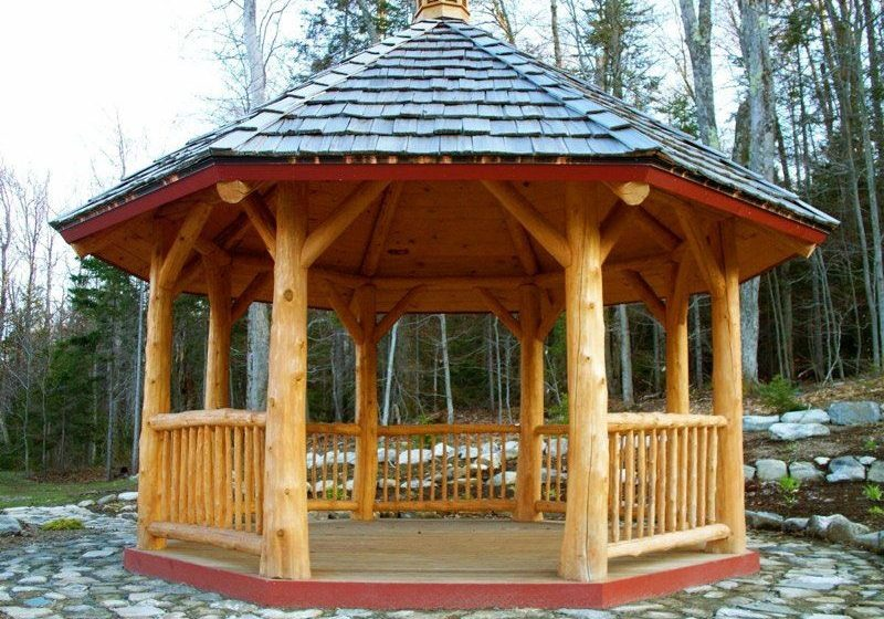 What are the benefits of having custom made gazebos?