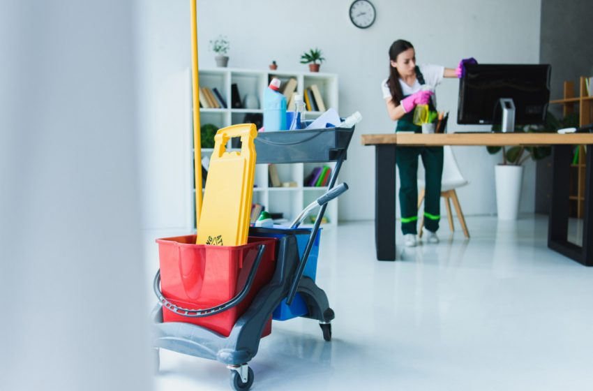 Tips for Maintaining Workplace Cleanliness